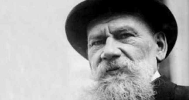 Tolstoy, Putin and Crimea