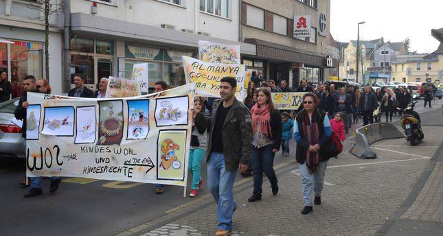 Turkey to curb adoption of Turkish children in Europe