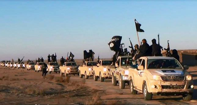 ISIL blocks aid into Syria's oil-rich city