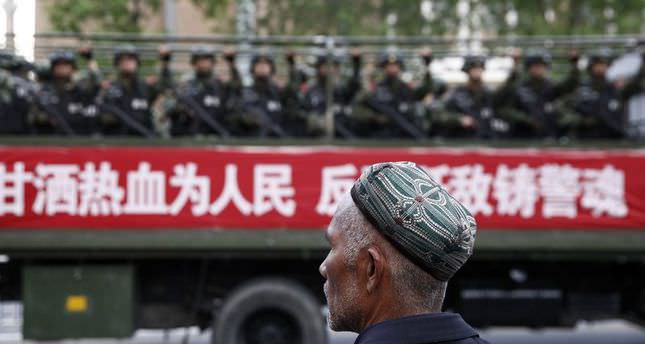 China detains 380 uyghurs in month-long terror sweep