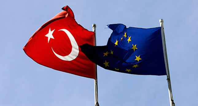 EU praises Turkey's Kurdish reform package