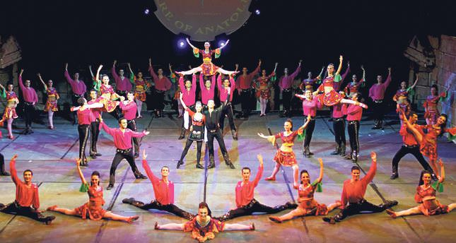 Theater performances achieve unexpected success in cinemas