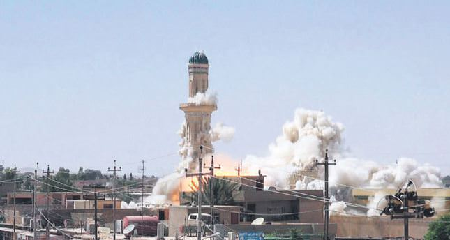 ISIS militants destroy many tombs and mosques in Iraq
