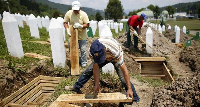 Bosnia remembers Srebrenica genocide