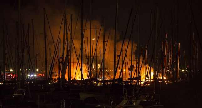 Fire damages 15 boats in Istanbul