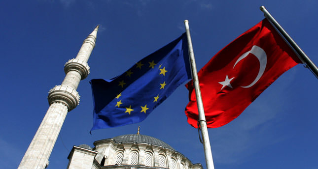 Turkey seeks to renew customs union deal with EU