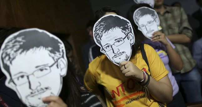 Russia likely to prolong asylum for fugitive Snowden