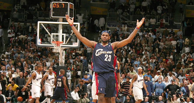 LeBron James says he going home to Cleveland