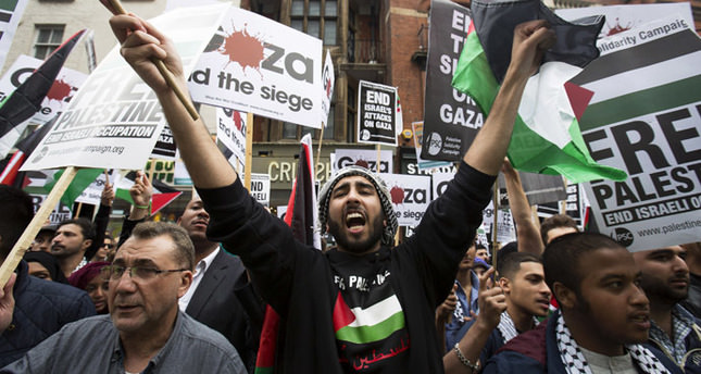 Worldwide protests condemn Israel's attacks on Gaza