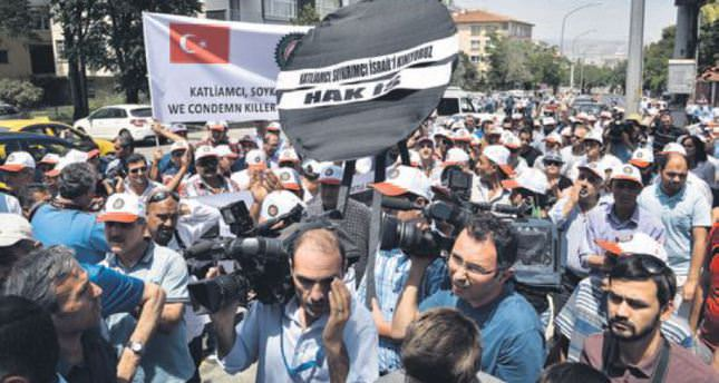 Israel condemned in protest outside its embassy in Turkey