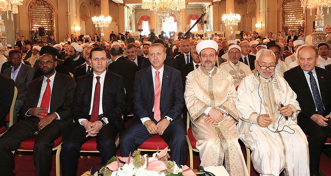 Erdoğan calls for unity despite sectarian differences
