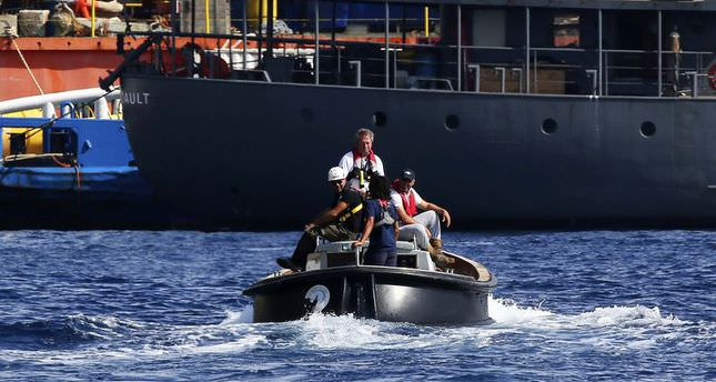 1,800 migrants rescued by Italy on the weekend