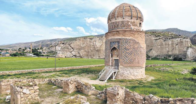Zeynel Bey Mausoleum in Hasankeyf is being moved