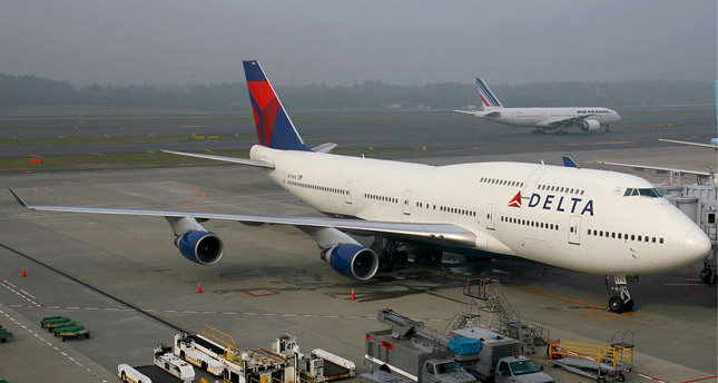 Airlines cancel flights to Israel over missile fear