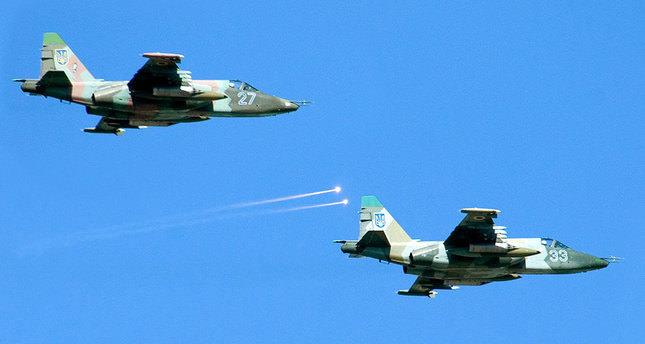 Pro-Russian rebels shoot down Ukrainian fighter jets