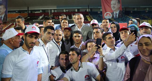 Erdoğan's campaign attracts 20k volunteers