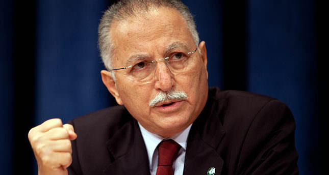 Presidential race hits home stretch, CHP has trouble accepting İhsanoğlu
