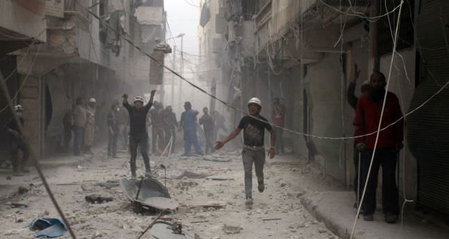 Syria govt air strikes defy UN resolution: HRW