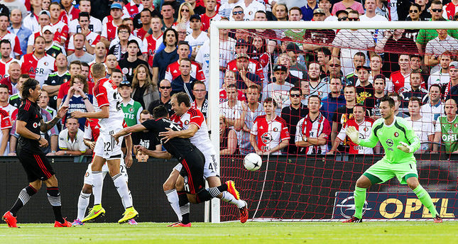 Besiktas beats Feyenoord 2-1 in Champions League qualifying round