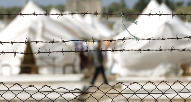 Turkey builds camp for Iraq's displaced Turkmen