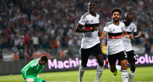 Demba Ba's hat-trick fires Beşiktaş past Feyenoord