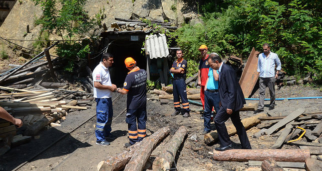 Coal mine collapses, 9 rescued