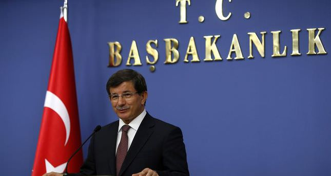Prime Minister Davutoğlu announces the new cabinet