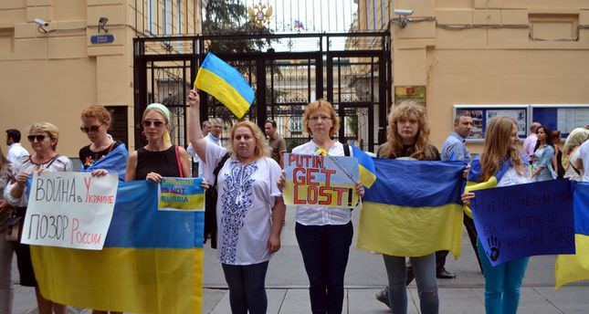 Ukrainian women in Turkey protest Russia - Daily Sabah