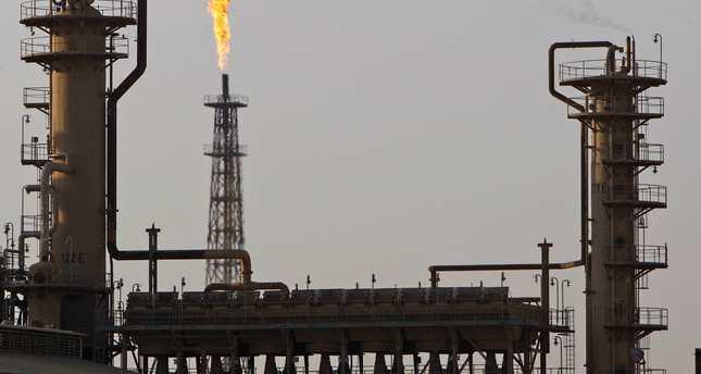 European diplomat: EU buys ISIS oil
