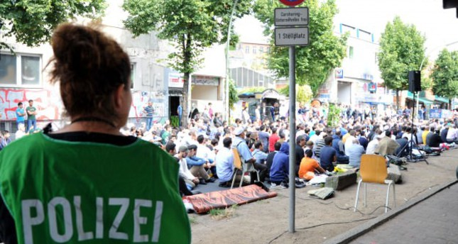 German Muslim community to protest against extremism, racism