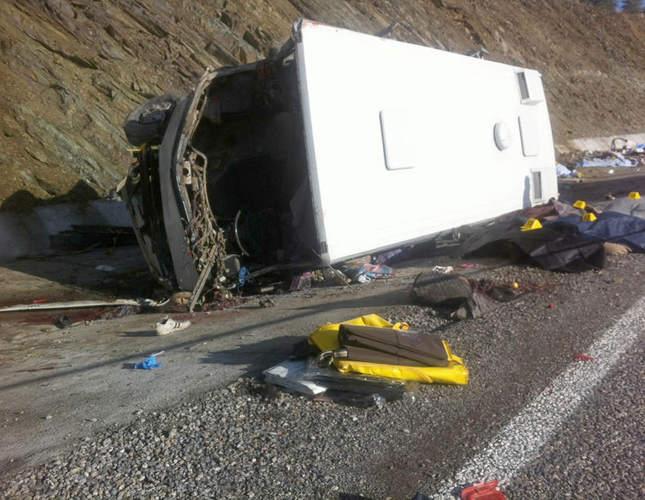 Atrocious crash claims 18 lives in Isparta