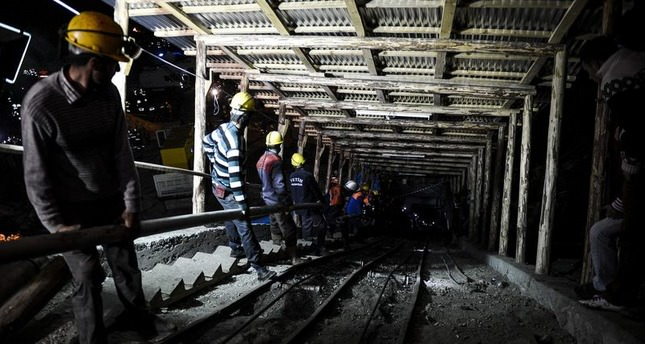Rescue operation for trapped Turkish miners enters fifth day