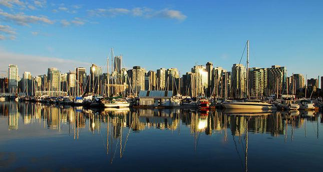 Canada to open doors for 285,000 immigrants in 2015