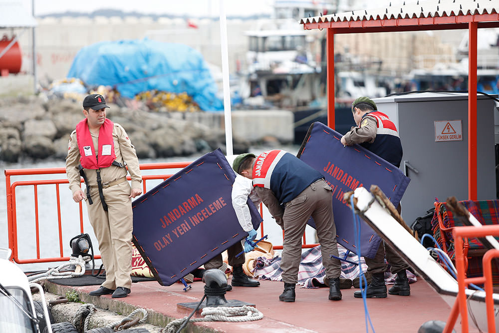 Boat carrying illegal immigrants sinks near Istanbul, at least 21 dead