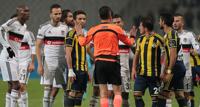 Bilic blames ref for defeat