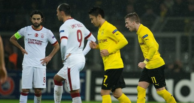Dortmund beats Galatasaray to reach knockout stage