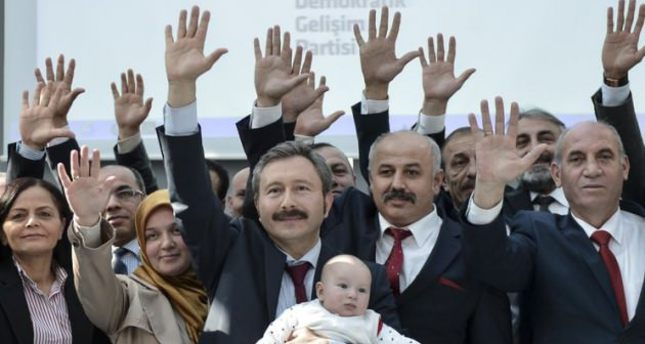 Gülenist members take first steps to establish new party