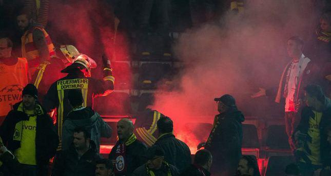 German police investigate Gala fans over attempted manslaughter