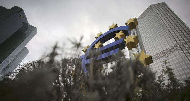 ECB leaves interest rates unchanged, focuses on stimulus plans