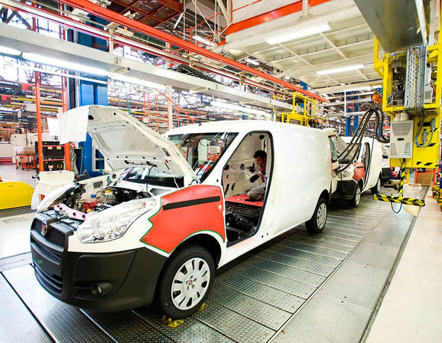 Turkey's Koç to invest a record $1.4bn in automotive industry