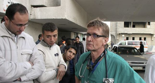 Israel bans doctor and human rights activist from Gaza for life