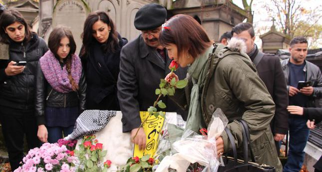 Iconic singer Ahmet Kaya commemorated in Paris on 14th anniversary of his death