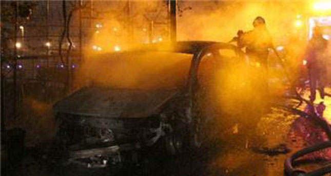 Arsonists torch 20 cars in Istanbul