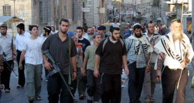 Jewish settlers storm Al-Aqsa compound in Jerusalem