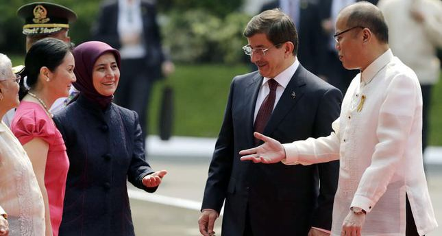 Davutoğlu stresses Turkey's full support in Philippine peace process