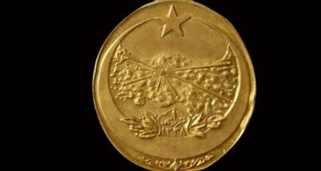 Turkish university student created collection of war medals