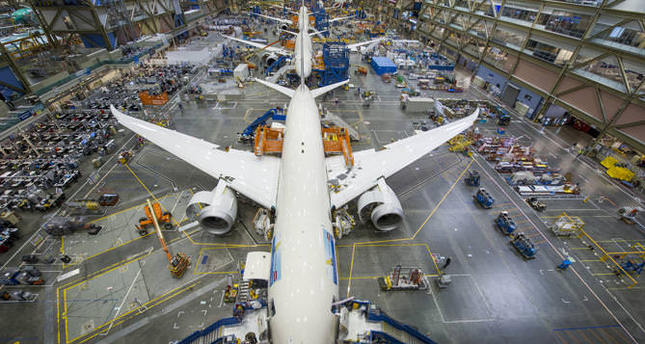 Toray to supply carbon fiber to Boeing in $8 6B deal - Daily