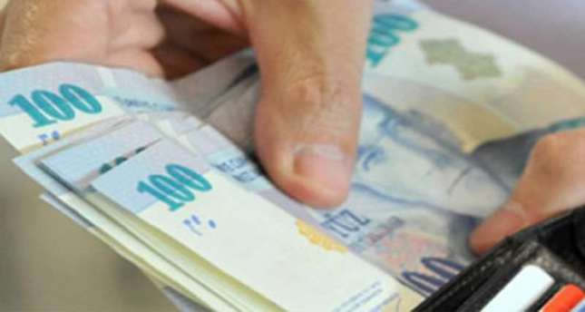 Low oil Prices helped Turkish Lira rise against US dollar