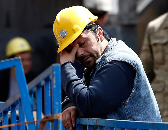 Maneuvering mining machinery kills a worker in Eastern Turkey