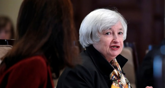 Fed fears reaction if 'considerable time' cut